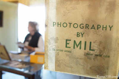 Photograhpy by Emil picture bag