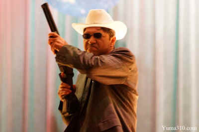 Roy Dorantes slings a shotgun as Sheriff Joe Arpaio